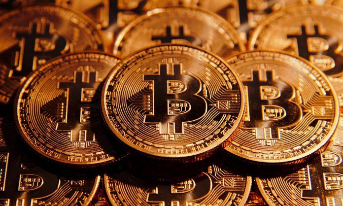 Несмотря на большое количество криптовалют, Bitcoin пользуется наибольшей популярностью