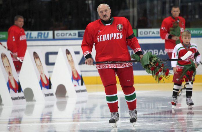 Алексадр Лукашенко и хоккей