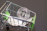 Через 8 лет спрос на биткоин превысит предложение?