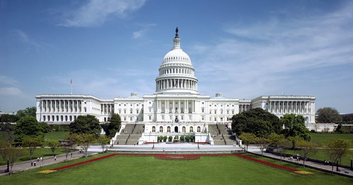 Правительство США продаст  млн. конфискованных BTC и BCH